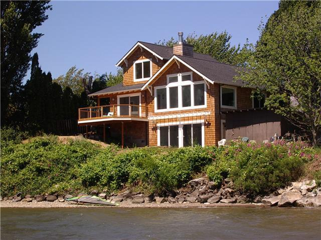 Craftsman Riverfront Home - Waterfront Columbia River Home W/Private Cove!! - Hood River - rentals