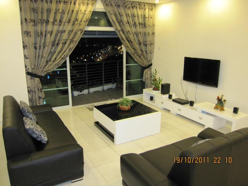 Living Area - Carol's 3 bedroom Private Condo at Tanjung Tokong - Tanjung Tokong - rentals