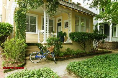 1083: Gingerbread Cottage - Image 1 - Savannah - rentals