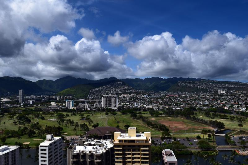 Mountain view block from the beach one bedroom apt - Image 1 - Honolulu - rentals