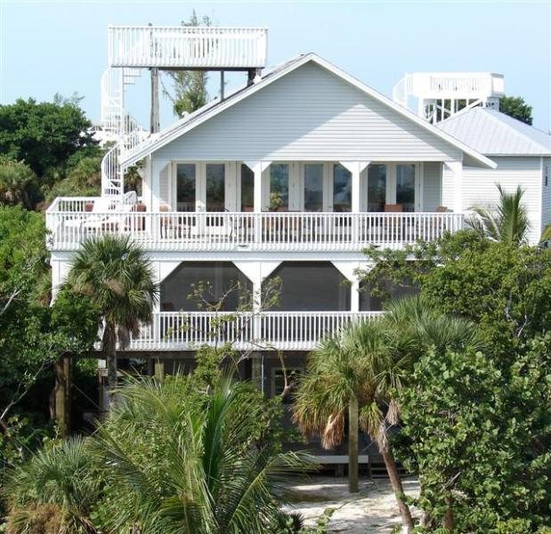 Stardance  great wide porches for sunrise - Stardance, N.Captiva Lux Pool - North Captiva Island - rentals