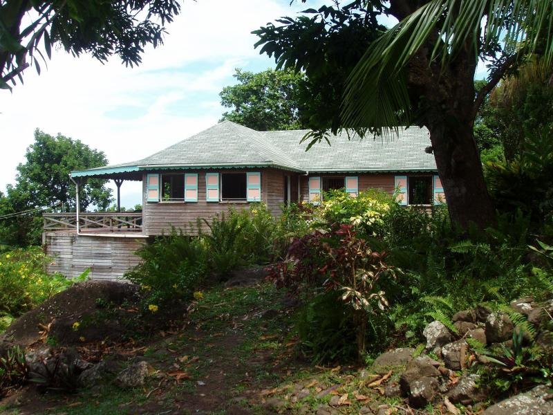 """One Bedroom House + """"Love Cottage"""" in Rainforest - Image 1 - Charlestown - rentals"""