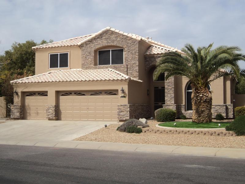 Executive Home - Executive Home with Pool, Backs Golf Course - Phoenix - rentals