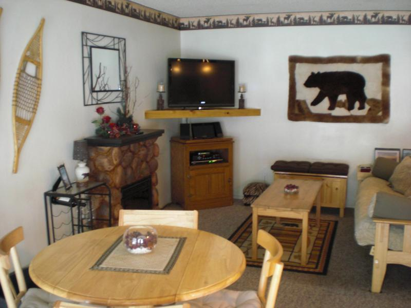Entrance to Living Room - Adorable Mountain Decor Condo on Forest Edge - South Lake Tahoe - rentals