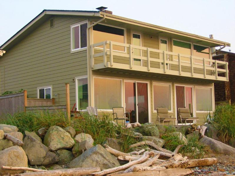 3 Bedroom house with extra den for overflow - Whidbey Island - West Beach House - Sunsets!!! - Oak Harbor - rentals