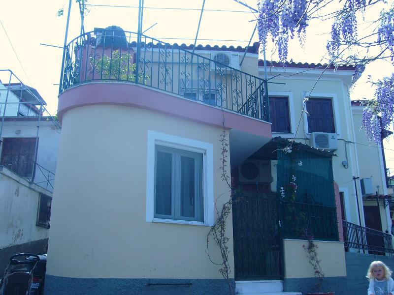 Front of house & veranda at the top for those bbq's! - Traditional greek 2 bedroom house in Petra -Lesvos - Petra - rentals