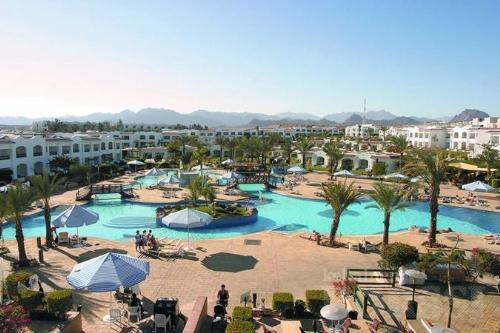 Hilton Sharm Dreams Resort  2 Bedroom sleeps 6 - Image 1 - Sharm El Sheikh - rentals