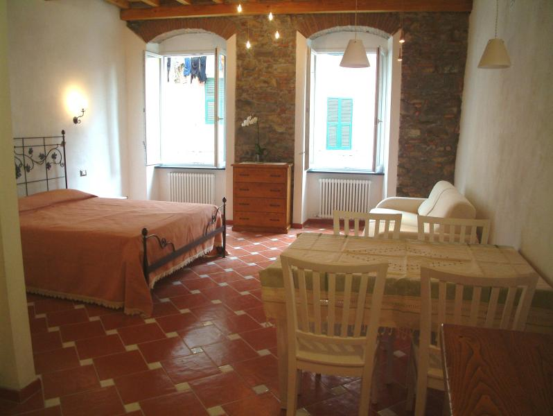 Romantic studio in the heart of Cinque Terre - Image 1 - Riomaggiore - rentals