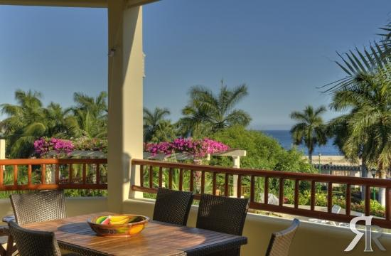 350 sq foot terrace overlooking the pool with and ocean view - Ocean View Luxury 2 bed condo, Huatulco Mexico - Huatulco - rentals