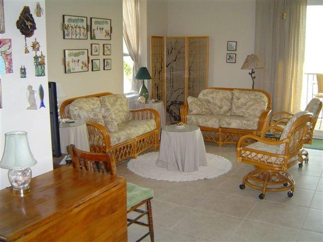Another view of Living Room - Beach Place -Paradise in the Pass- Inn by the Sea. - Pass Christian - rentals