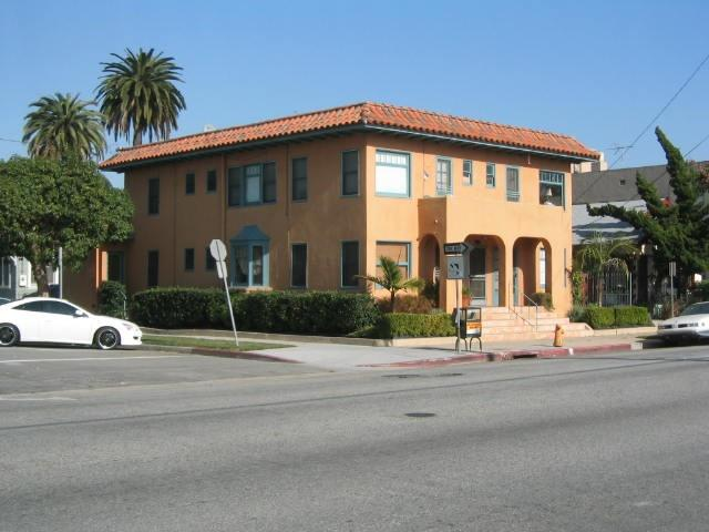 Front of the properties  - #1 Walk to Convention Center/ Down Town Long Beach - Long Beach - rentals