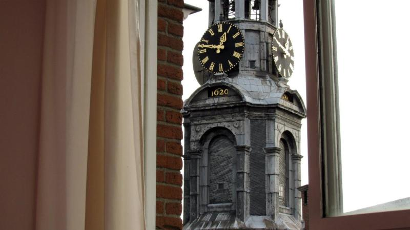 Your wake up call Sir (we are double Glazed) - Amazing Penthouse Apartment (891) - Amsterdam - rentals