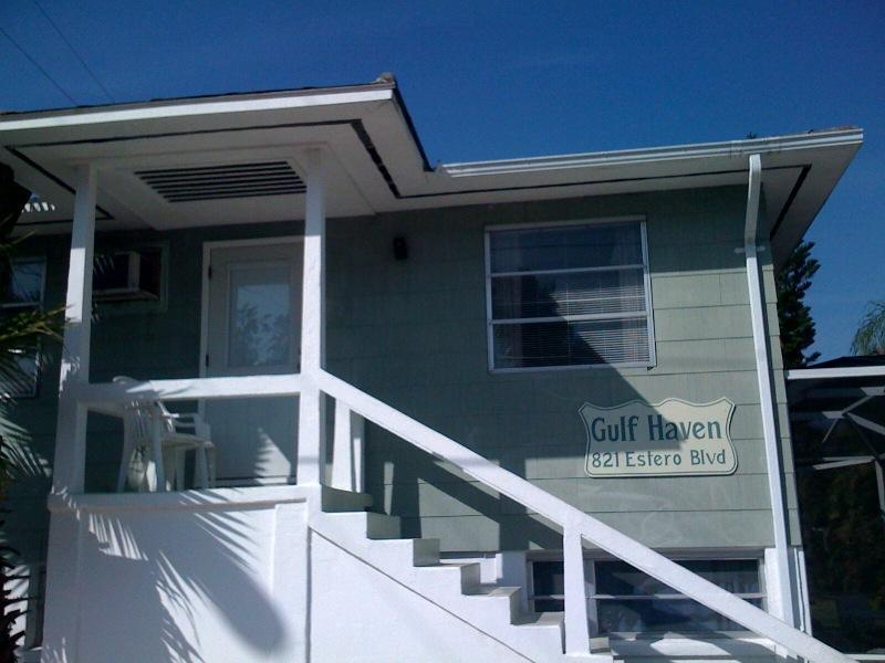 Great 2 Bedroom house steps away from Times Square - Image 1 - Fort Myers Beach - rentals