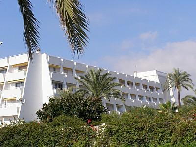 Harbour View Beach Apartment - Image 1 - Caleta De Velez - rentals