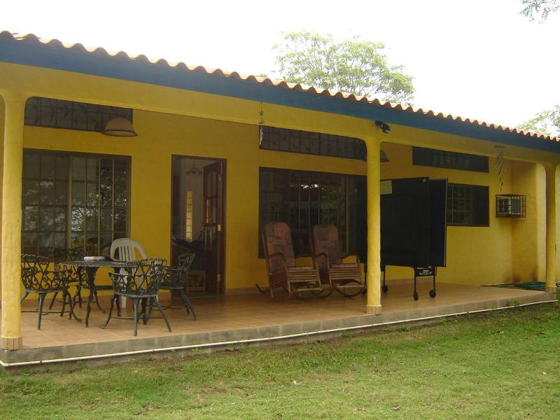 terrace overlooking the beach - Beach Home with 4 Kms of Empty Beach & Boat Ramp - Cambutal - rentals