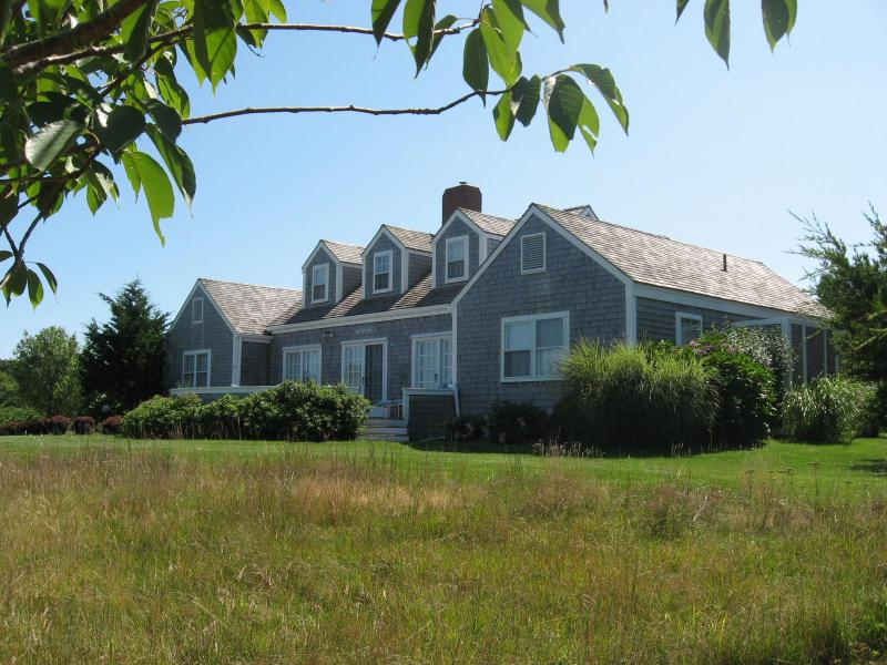 Moorview-front - Nantucket Family Vacation Retreat - Siasconset - rentals