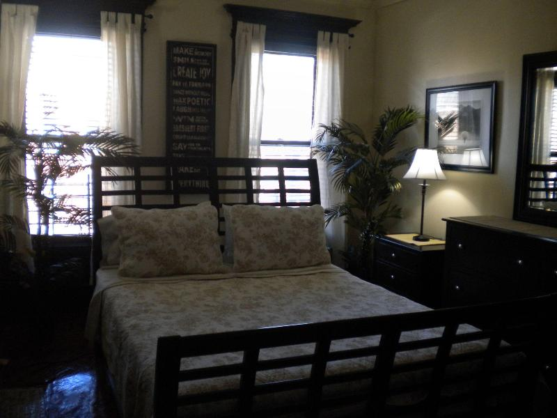 Master bedroom - Straight To Manhattan! - Brooklyn - rentals