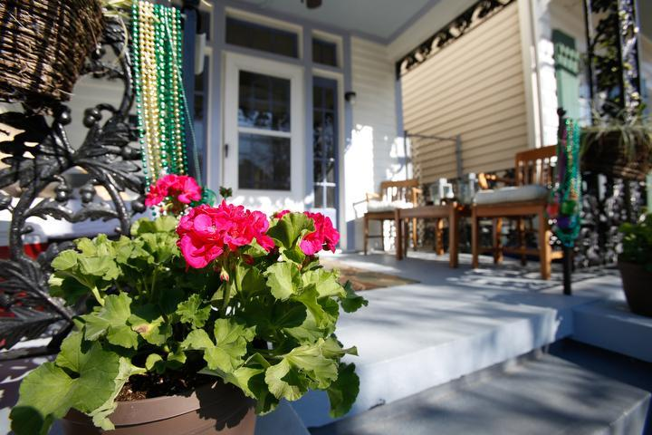 3Br Uptown! Historic home near Audubon Park (Sleeps 6-8) - Image 1 - New Orleans - rentals