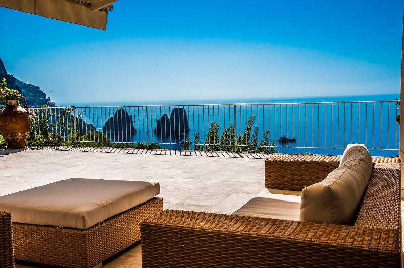 Terrace - Elegant Villa in Capri with sea view on Faraglioni - Capri - rentals