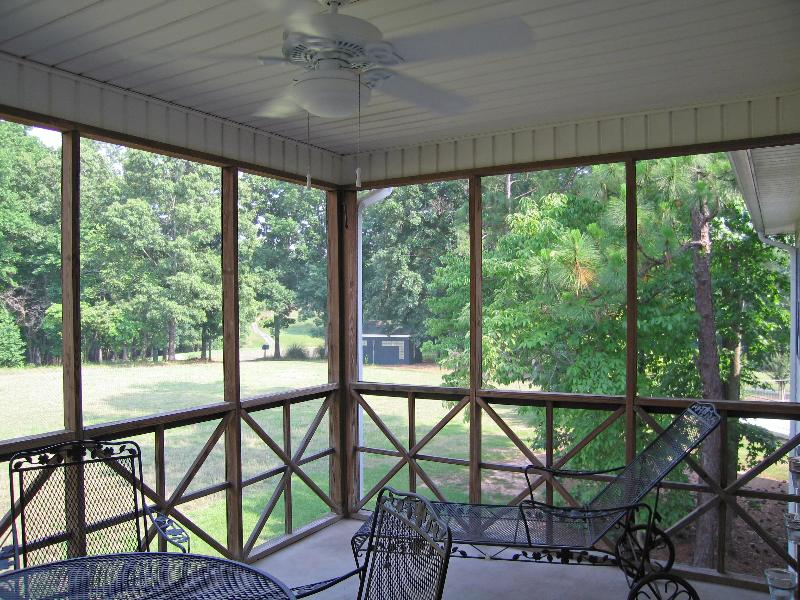 Cozy Stillwaters Condo on Golf Course W/Wi-Fi - Image 1 - Lake Martin - rentals
