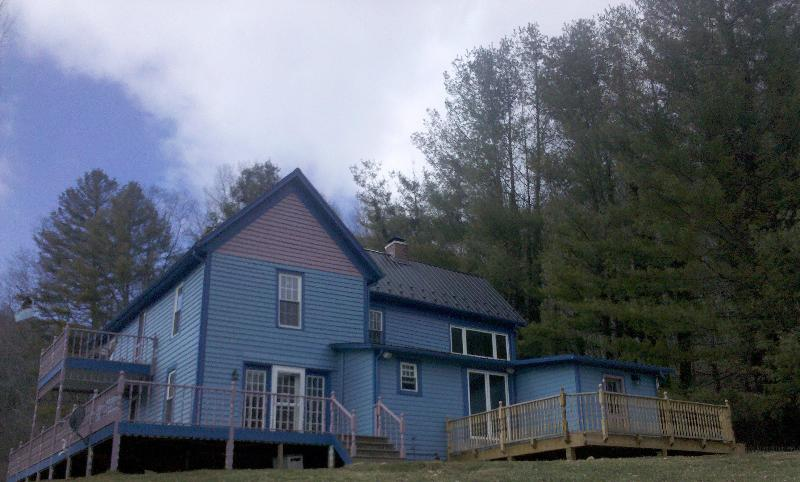 House viewed from the riverbank - Historic Home on New River in Ashe Co NC-pets ok - Warrensville - rentals