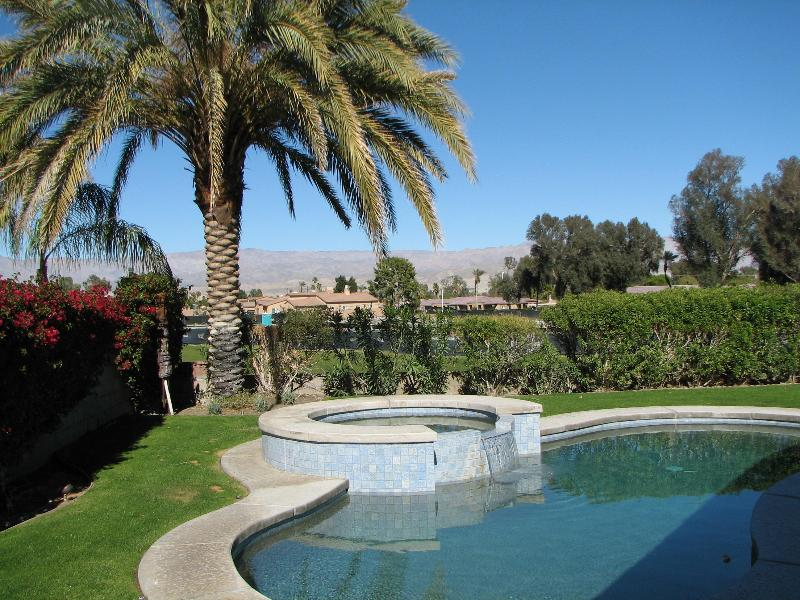 Pool looking to golf course - Garden Oasis - Pool home on the fairway - Palm Desert - rentals