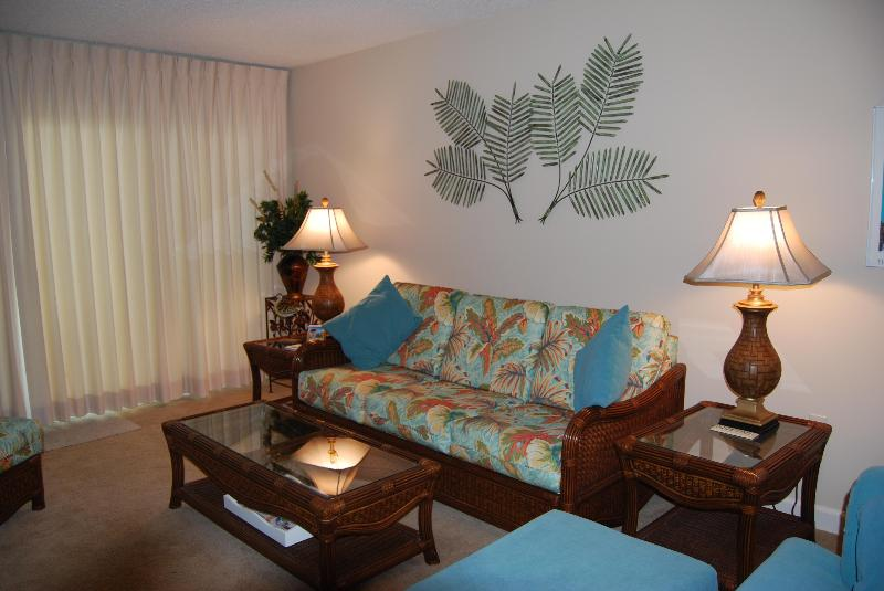 Living Room - Beautiful Beach Vacation on the Gulf of Mexico - Perdido Key - rentals