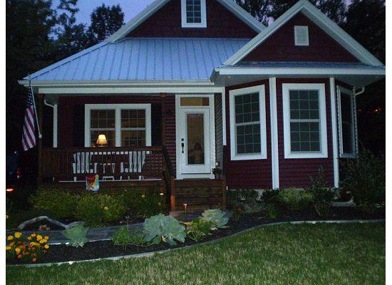 Cute 3 Bed, 3 bath Lake MI cottage in South Haven - Image 1 - South Haven - rentals
