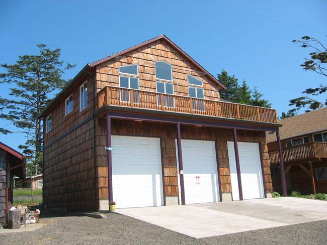 Positioned atop Fire Station #71 - The Crows Nest, Quiet Lake & Oceanviews - Cape Meares - rentals