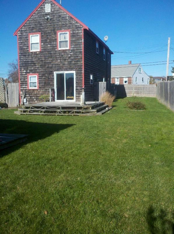 Backyard of House - 3 Bedroom Beach House located in Marshfield, MA - Marshfield - rentals