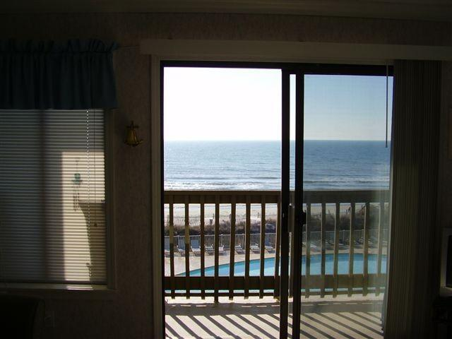 View from balcony - Direct Oceanfront watch sunrise from your pillow - Myrtle Beach - rentals