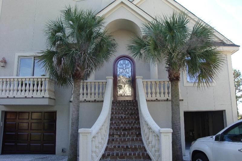 Front Entry - Panoramic OCEAN Views, 5 bedroom/5 bath home - Hilton Head - rentals