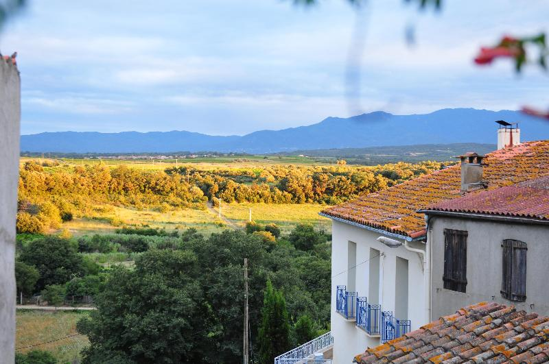View from our Terrace - XII Century 3bedrooms house stunning Pyrenees view - Terrats - rentals