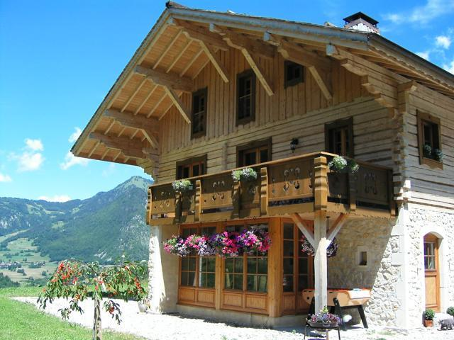Unique Bespoke Eco Chalet Châtelet in the summer set in stunning mountain panorama near Lake Geneva - Unique Mountain Eco Chalet near Lake Geneva - Bonnevaux - rentals