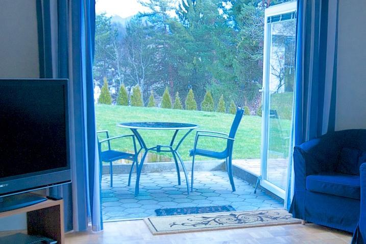 Looking out into the garden - 1 bedroom apartment close to magical Lake Bled - Bled - rentals