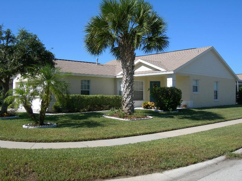 Home Away from Home - Nemo's Retreat - Next Door to Disney World - Kissimmee - rentals