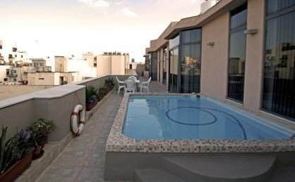 Centrally located superb penthouse w/ splash pool! - Image 1 - Sliema - rentals