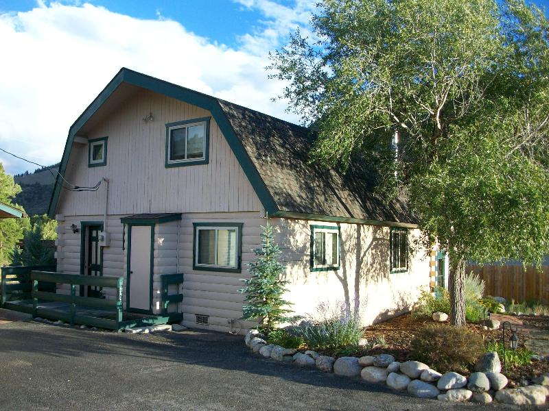 The Cabin - Log Cabin in a Great Location - 5% off - Salida - rentals