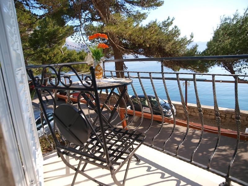 Apartm.in Korcula old town TOP location waterfront - Image 1 - Korcula - rentals