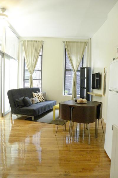 Vacation Rentals in the Theater District, New York(42) - Image 1 - Manhattan - rentals
