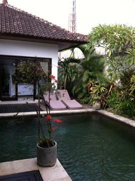 Tropical pool & lounge beds - Arrive and Relax! - Kerobokan - rentals