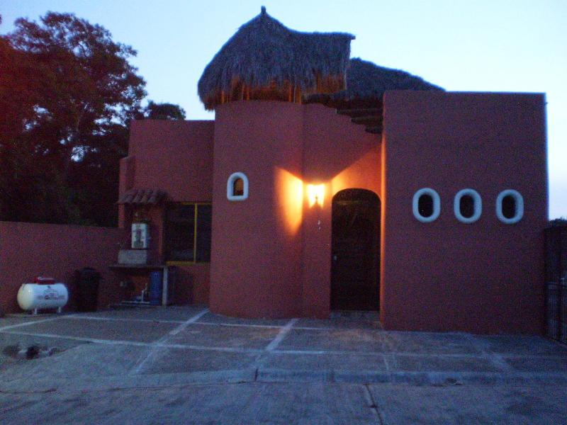 Front view - Cosy vacation home in Bucerias close to Vallarta - Bucerias - rentals