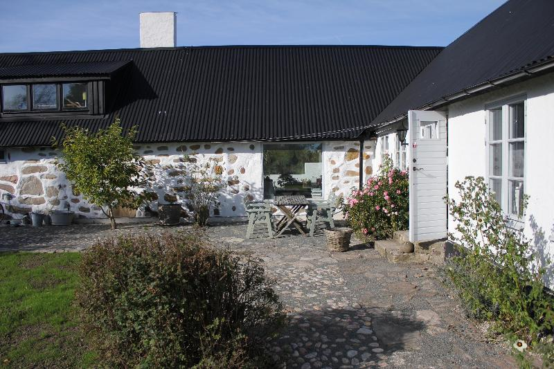 Place in the sun - Beautiful renovated house in Skåne, south Sweden - Simrishamn - rentals
