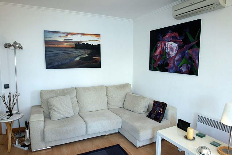 Comfortable living room - ANGEL Apt, quiet relaxed 3 beds 2 shwr rooms for 5 - Sitges - rentals