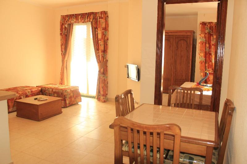 Lovely 1 bedroom apartments in heart of Naama Bay - Image 1 - Sharm El Sheikh - rentals