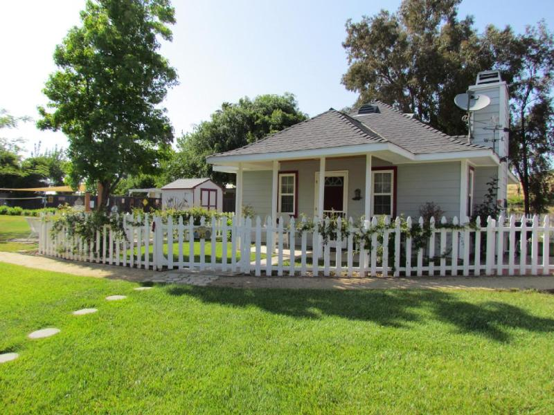 Temecula Wine Country Cottage - Image 1 - Temecula - rentals