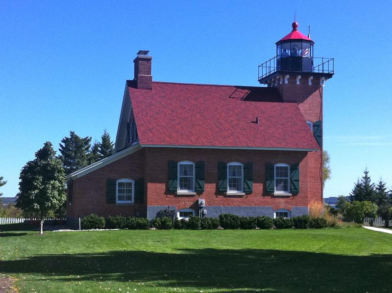Lighthouse guards harbor- (NOT where apt is located) - Harbor Sprgs Pied-à-Terre- Romantic apres ski - Harbor Springs - rentals