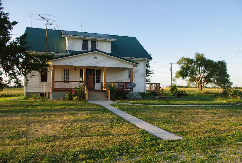 Summer 2013 - Powell's Country Guest House - Laclede - rentals