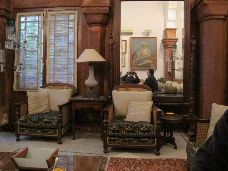 Drawing room - a bed and breakfast in a heritage property - New Delhi - rentals