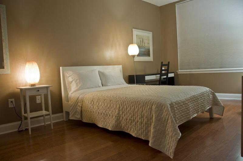 Master bedroom - 2bed/2bath condo 15 mins from NY Times Sq. - Union City - rentals
